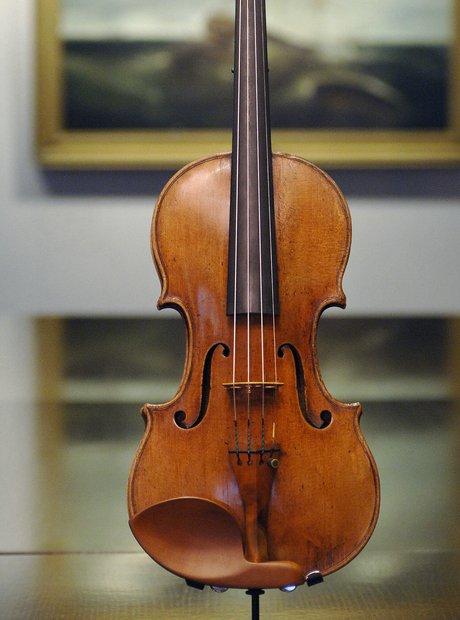 Violin Making - Strad Hammer 1707